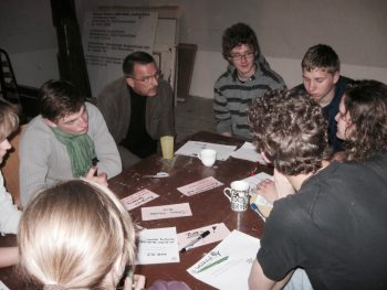 Die Jugendlichen wurden von PolitikpatInnen beraten und stellten ihre Ergebnisse den regionalen Entscheidern vor.