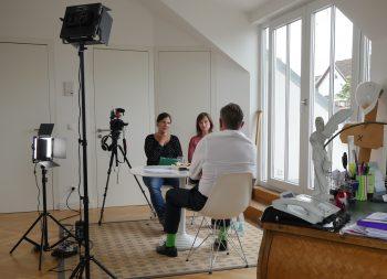 Interview mit einem Zeitzeugen. Foto: Andreas Gruner